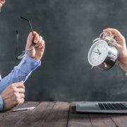 ブログを書く時間はどれくらい?2019年最新調査では「3時間以上」が多数